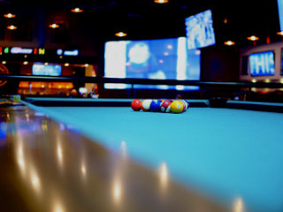 Sell a pool table in Charleston